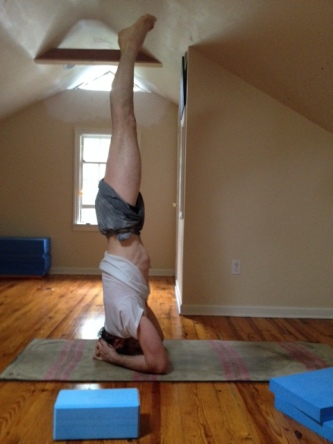 nikos and his central axis doing some head STANDING